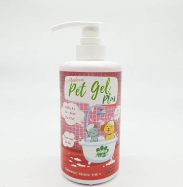 Sữa tắm Petgel Shampoo trị ve rận có giá: 170.000 VND