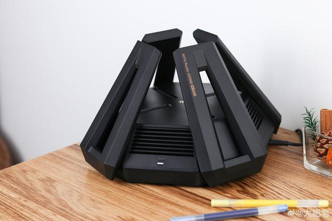 Xiaomi ra mắt router gaming Mi AX9000: Thiết kế hầm hố, hỗ trợ 3 băng tần, Wi-Fi 6, giá 3.5 triệu đồng - Ảnh 4.